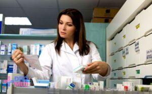 Выбираем программу переквалификации медсестры в фармацевты