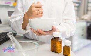 Как дистанционно переучиться на фармацевта?